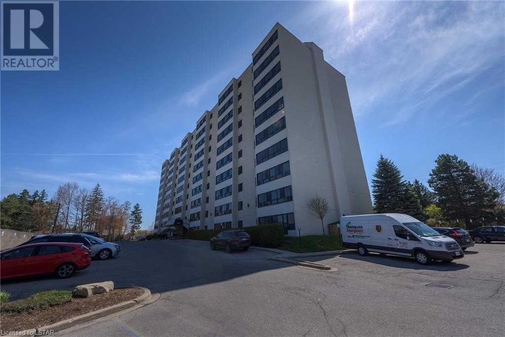 600 GRENFELL Drive Unit# 511